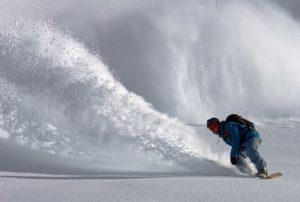 skiers-off-piste